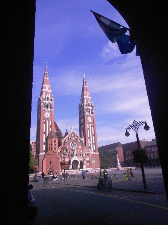 First Impression - View of the Votive Church from arched entranceway into Dom ter