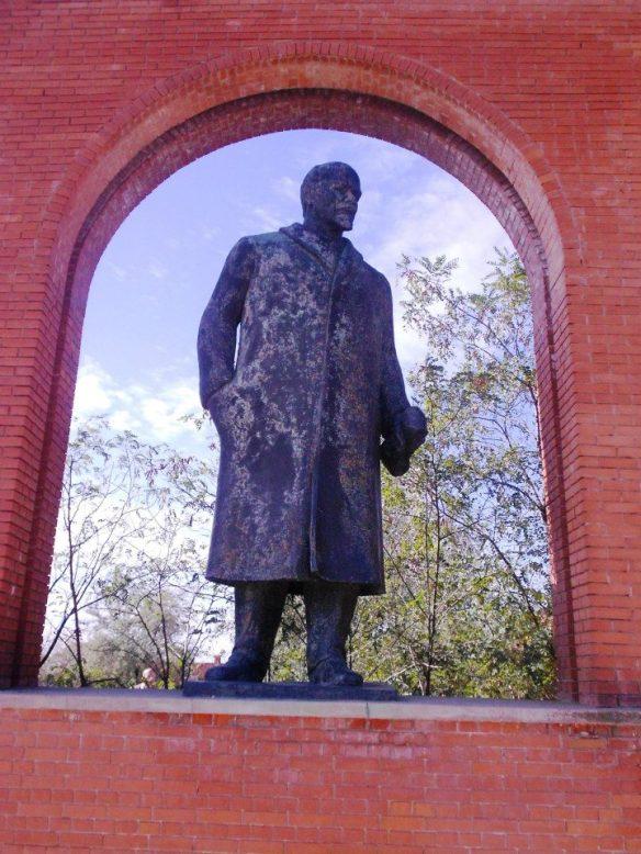 A Revolutionary Reappraisal - Lenin still standing