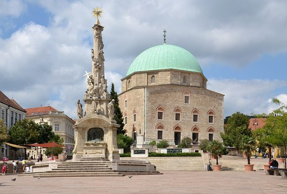 A Hope For The Future - The Holy Trinity Column & the Mosque of Pasha Qasim