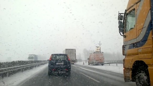 Nightmare Scenario - Winter Driving on the M1 in Hungary